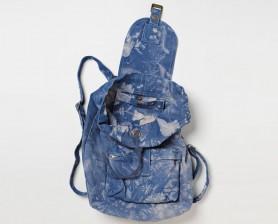 Canvas backpacks by BAGGU